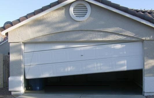 Off Track Garage Door Repair Ottawa Garage Doors Amp Openers