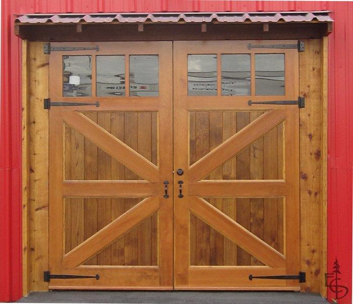 Garage doors types by ottawa garage door repair for Evergreen garage doors and service